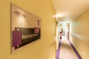 Hobson-Porter-Premier-Inn-Corridor-3