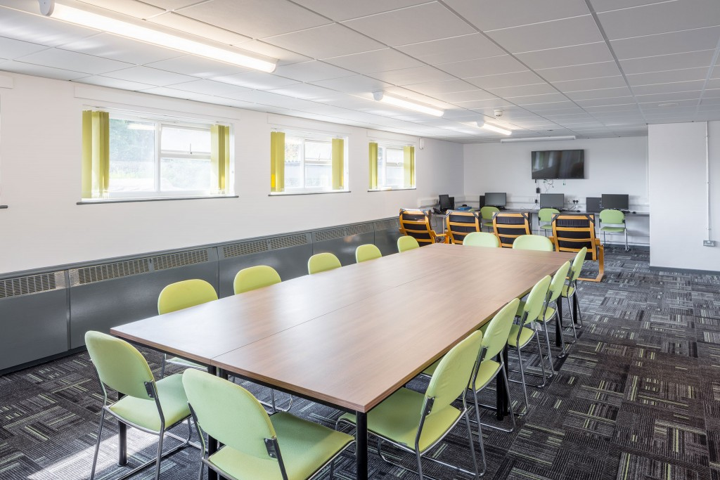 Bransholme-Fire-Station_meeting-room